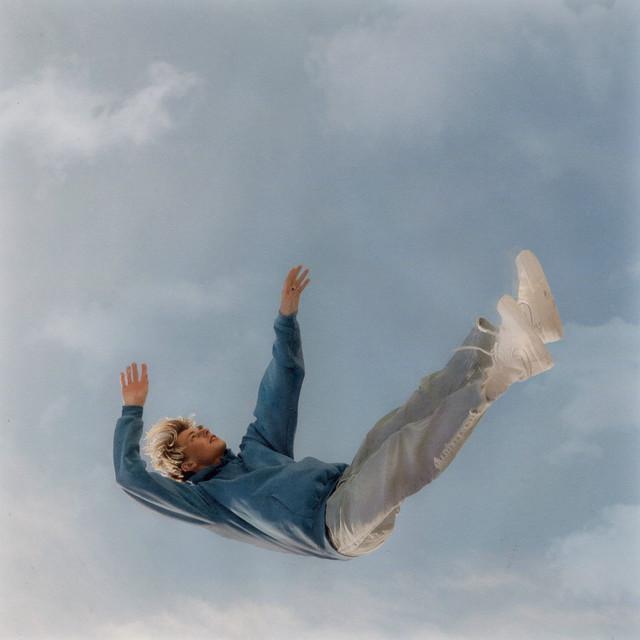 [US🇺🇸]Max Leone – 'Cautious'